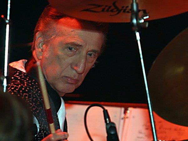 Скончался барабанщик Элвиса Пресли