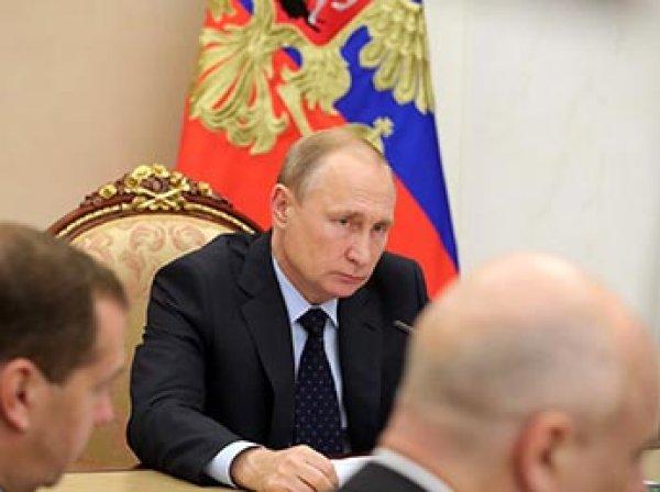 Путин впервые прокомментировал принятый Думой закон о пенсионной реформе