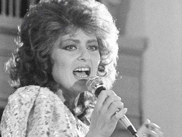 В Ереване умерла советская певица Надежда Саркисян