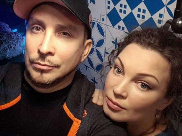 СМИ: Данко бросил жену с больной ДЦП дочерью ради 30-летней блондинки