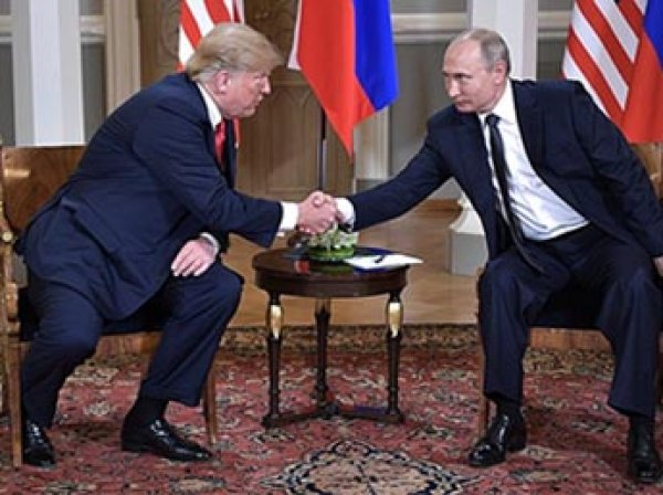 """Хорошее начало"": Путин два часа говорил с Трампом тет-а-тет"