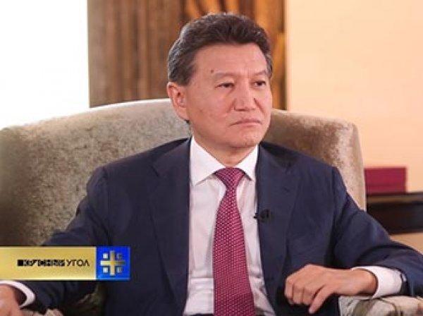 Комиссия по этике ФИДЕ отстранила президента Илюмжинова от должности