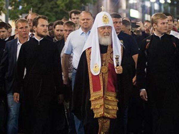 Патриарх Кирилл возглавил многотысячный крестный ход в Екатеринбурге в память о расстреле царской семьи