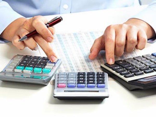 ФНС может получить доступ к банковским счетам россиян без проверок