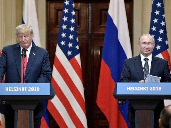 Bloomberg: перед саммитом с Путиным Трамп лично решил обвинить 12 сотрудников ГРУ