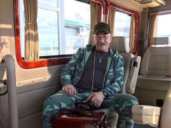 """Александр Розенбаум прокомментировал свой """"страшный диагноз"""""""
