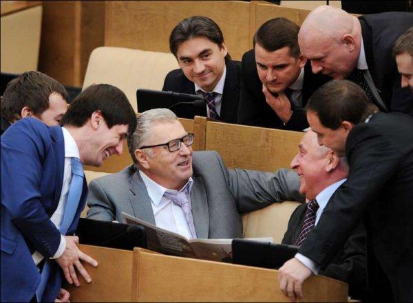 В Госдуме раскрыли официальные зарплаты и назначаемые пенсии депутатов