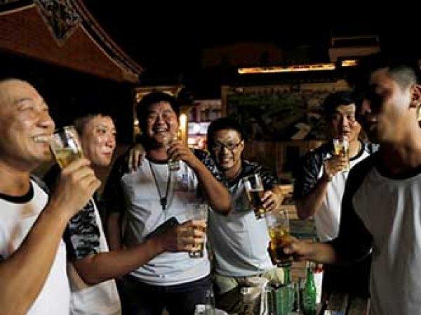 Ученые назвали самую вымирающую от пьянства страну