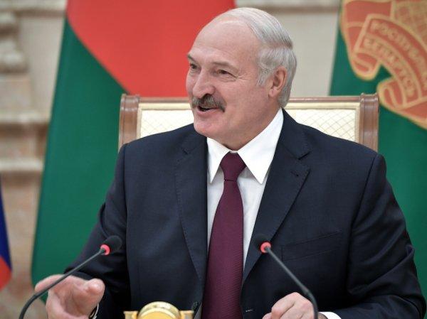 Семак ответил на сарказм Лукашенко про «ходящий на четвереньках» «Зенит»