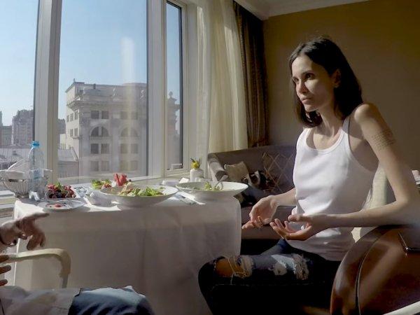Жена футболиста Мамаева пожаловалась на тяжелую жизнь в Краснодаре