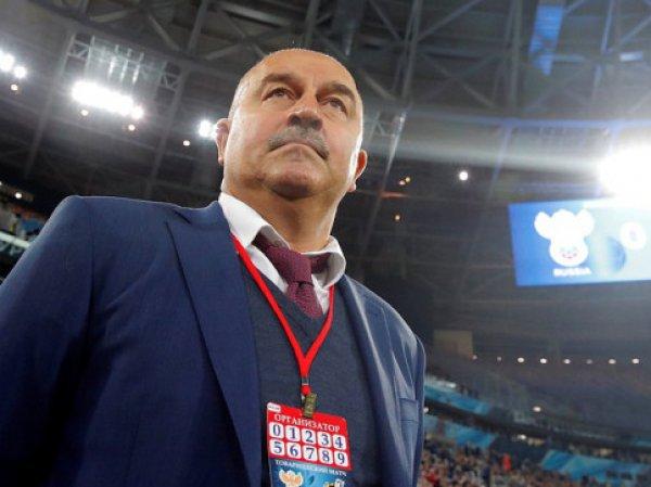 Черчесов объяснил, почему сборная России осталась без Смолова и Акинфеева