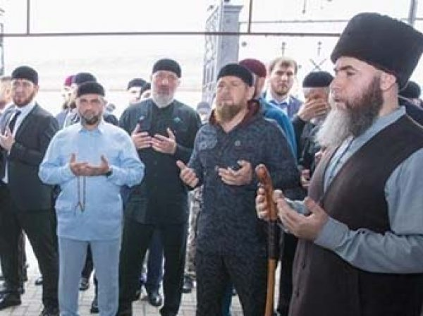 Кадыров назвал погибшего в колонии убийцу полковника Буданова народным героем