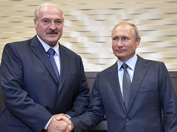 """""""Каждая встреча важна для нас"""": с ручки Лукашенко сдули пылинки перед встречей с Путиным"""