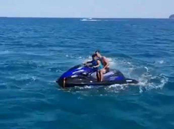 В Черном море у Геленджика взорвался гидроцикл с туристами: люди в реанимации