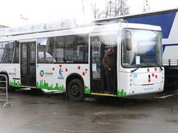 Новый московский электробус с Собяниным сломался в первом же рейсе
