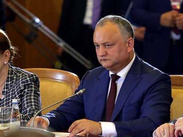 Президент Молдавии Додон отстранен от должности