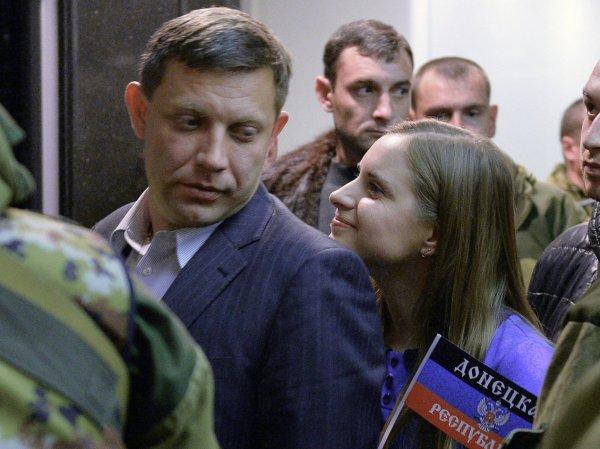Жена и дети на похоронах Александра Захарченко попали на фото: что известно о семье главы ДНР