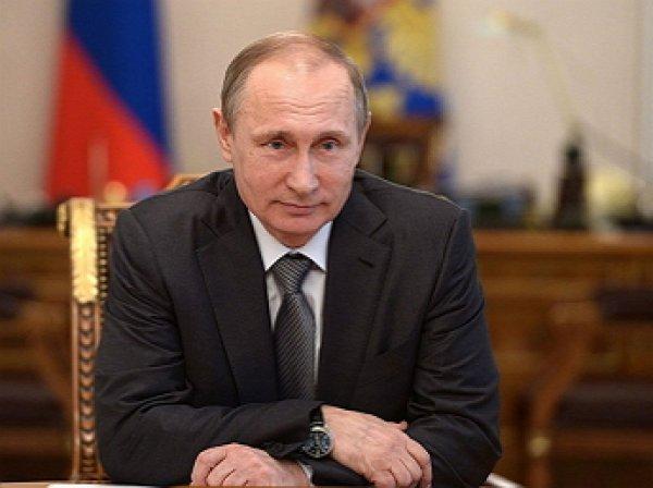 """Рейтинг доверия Путину, Медведеву и """"ЕР"""" неожиданно вырос за неделю"""