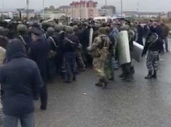 После митингов против передачи земель Чечне в Ингушетии отключили интернет