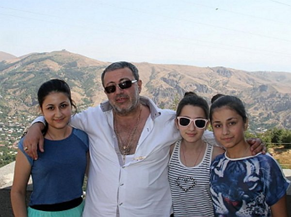 Стали известны новые факты о дне убийства Хачатуряна его дочерьми