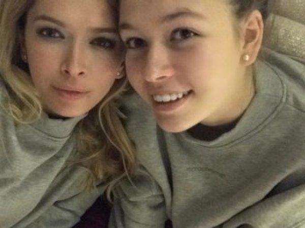 Дочь Веры Брежневой в бикини на фото затмила маму