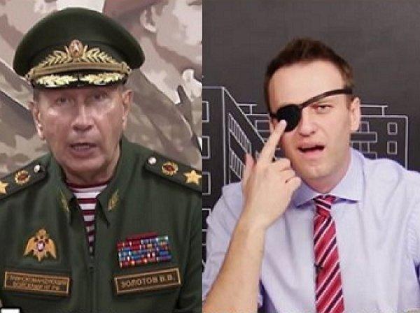 Поединок на сосисках и диктант по русскому: Акунин запустил флэшмоб о вариантах дуэли Золотова с Навальным