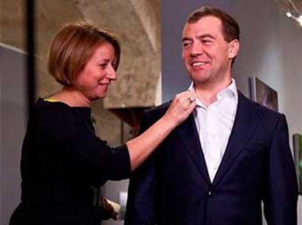 Тимакова решила уйти с поста пресс-секретаря Медведева