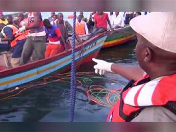 На озере Виктория в Танзании затонул паром с туристами: погибли 86 человек