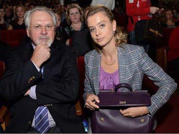 "Главред ""МК"" Гусев обвинил жену в краже антиквариата на  млн"