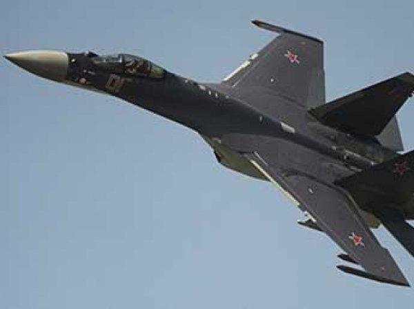 """Американские СМИ назвали Су-35 """"ночным кошмаром"""" ВВС США"""