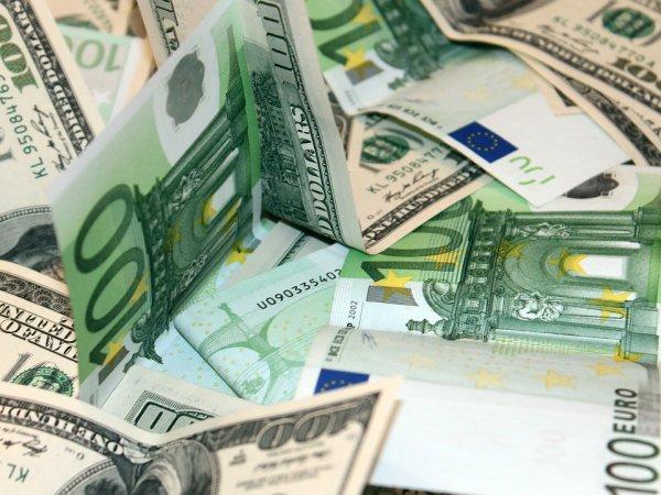 Курс доллара на сегодня, 25 сентября 2018: назван уровень падения курса доллара и евро