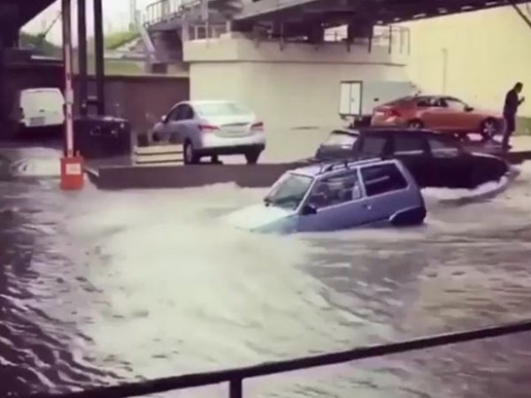 Наводнение в Сочи и Туапсе, октябрь 2018: в Краснодарском крае объявлено ЧС, 6 жертв (ФОТО, ВИДЕО)