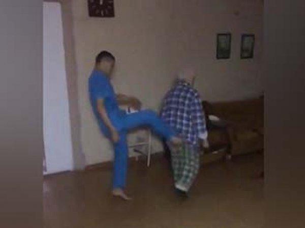 На Урале вызвало скандал видео издевательств санитаров психбольницы над 74-летним пациентом