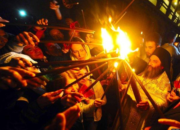 РПЦ объяснили, что будет с Благодатным огнем после церковного раскола