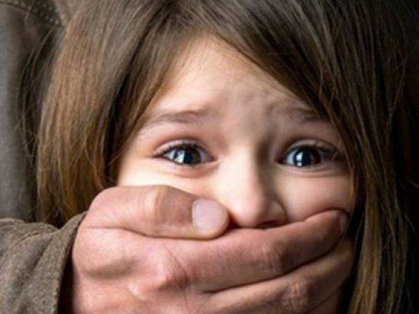 70 педофилов четыре года насиловали школьницу