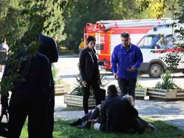 Теракт в Керчи 17 октября 2018: очевидцы рассказали о стрельбе и взрыве в колледже (ВИДЕО)