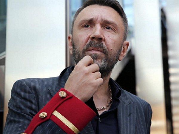 Шнуров сочинил матерную оду про Кокорина и Мамаева