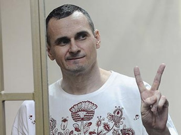 Осужденный в России режиссер Сенцов получил премию имени Сахарова