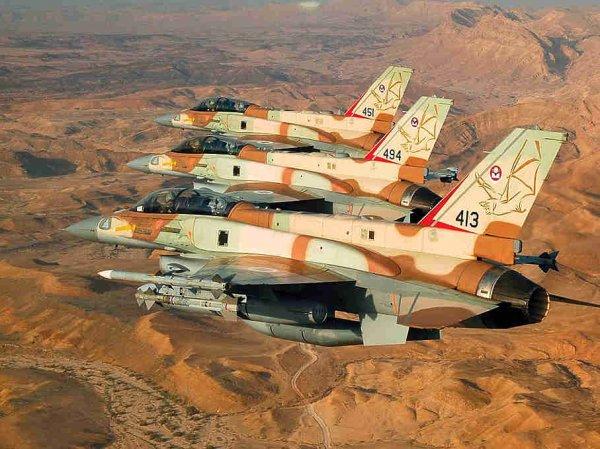 СМИ: самолеты Израиля проигнорировали российские С-300 в Сирии