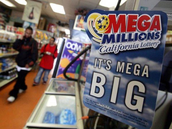 Американец выиграл самый большой джекпот в истории страны – ,6 млрд