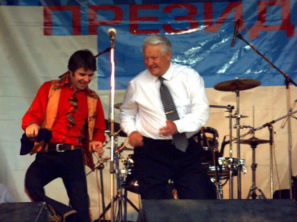 Разин рассказал, как Ельцин обманул Осина на  тысяч