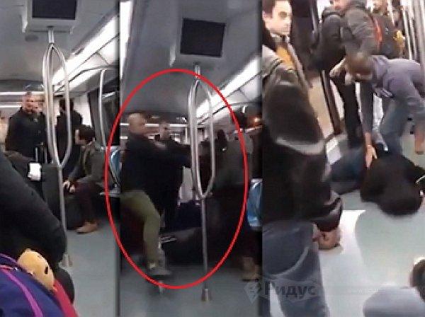 Украинские фашисты избили в метро Рима индуса