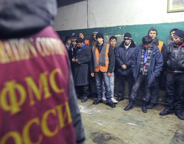 """""""Такого кошмара нет нигде в мире"""": опубликованы шокирующие цифры по мигрантам в РФ"""
