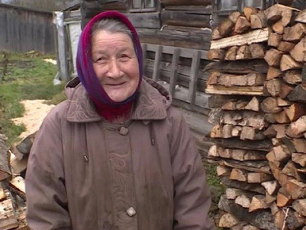 Россияне скинулись в Сети на квартиру замерзающей пенсионерке