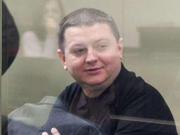 СМИ: члена банды Цапков кормили в колонии крабами и красной икрой на миллионы рублей