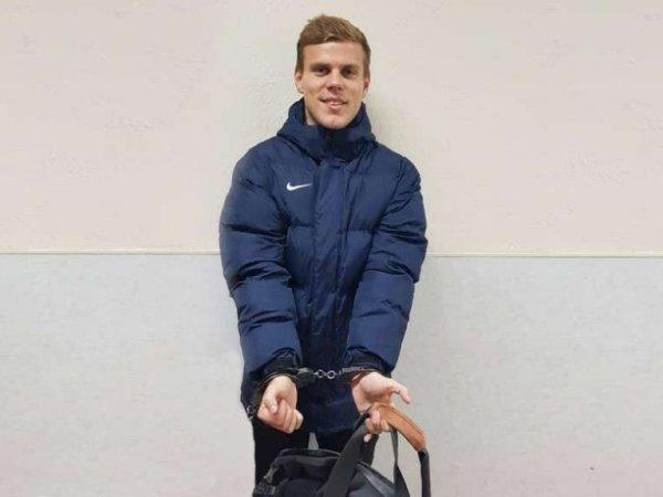 СМИ: следователя могут отстранить от дела Кокорина за оскорбление футболиста