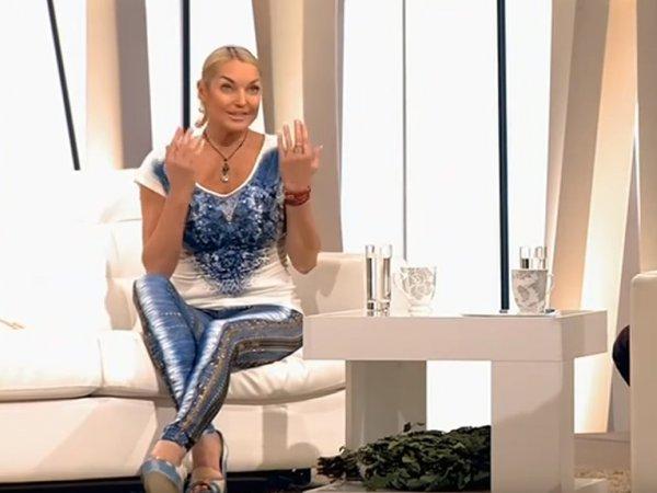 """""""Я для нее не дочь, а проект"""": Волочкова шокировала Корчевникова рассказом о своей матери"""