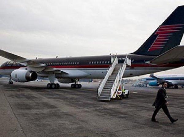 В аэропорту Нью-Йорка пассажирский самолет протаранил лайнер Трампа
