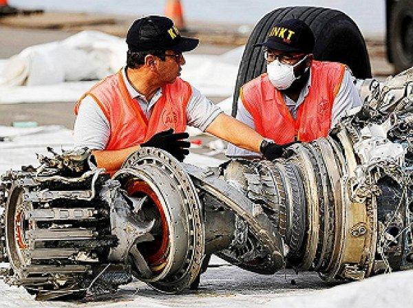 Стали известны подробности и причины крушения Boeing 737