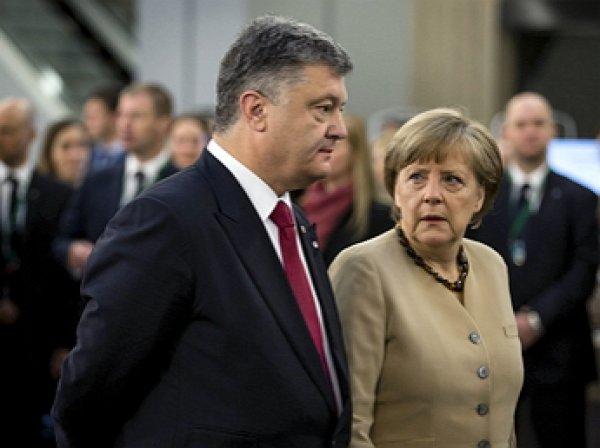 Меркель поприветствовала киевский караул на украинском языке